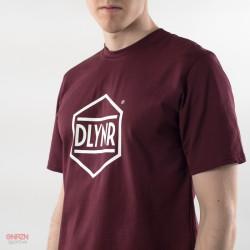 Particolare t-shirt Dolly Noire logo esagono